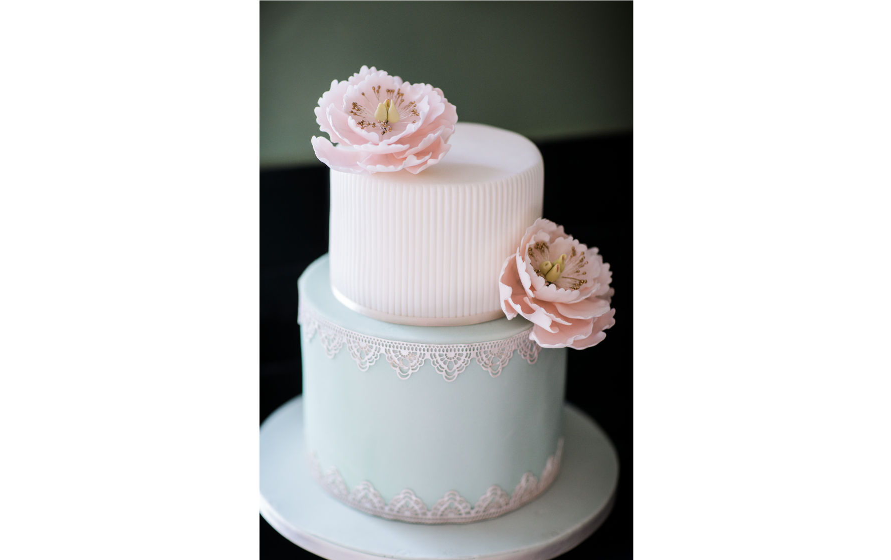 Two Tiered Vintage Wedding Cake
